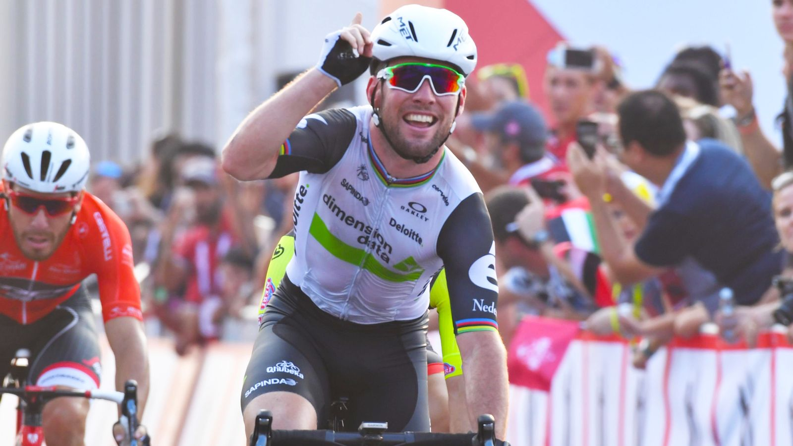 Mark Cavendish wins stage one of Abu Dhabi Tour | Cycling News | Sky Sports