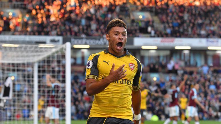 Alex Oxlade-Chamberlain celebrates Arsenal's match winning goal at Turf Moor