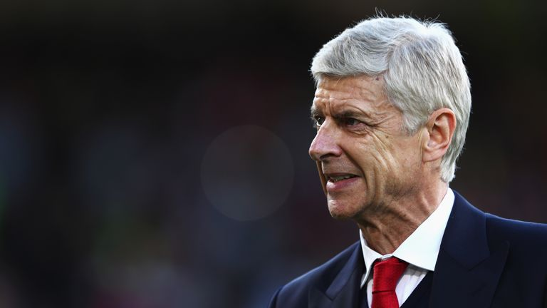 Arsene Wenger during the Premier League match between Burnley and Arsenal at Turf Moor