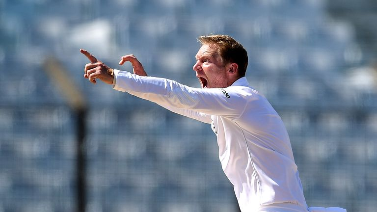Gareth Batty successfully appeals for the wicket of  Mahmudullah during the first Test