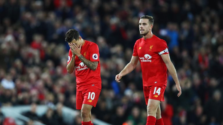 Philippe Coutinho saw a long-range effort plucked away by de Gea