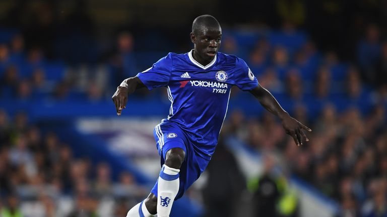 LONDON, ENGLAND - SEPTEMBER 16:  N'Golo Kante of Chelsea in action during the Premier League match between Chelsea and Liverpool at Stamford Bridge on Sept
