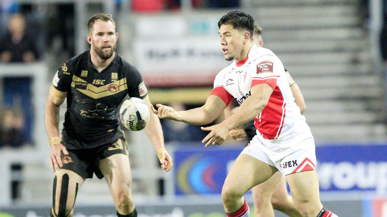 Andre Savelio has swapped St Helens for Warrington