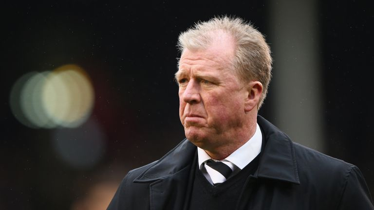 LONDON, ENGLAND - FEBRUARY 28:  Steve McClaren the manager of Derby during the Sky Bet Championship match between Fulham and Derby County at Craven Cottage