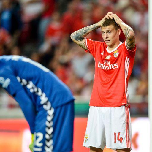 Who is Utd target Lindelof?