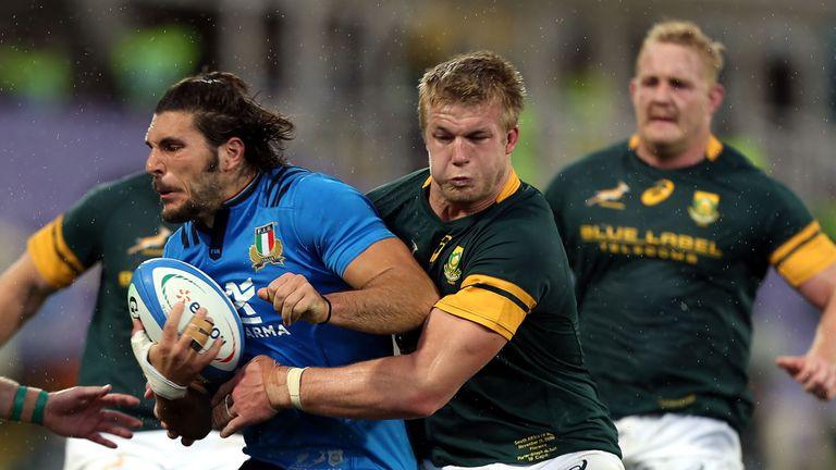 Pieter-Steph du Toit makes a tackle