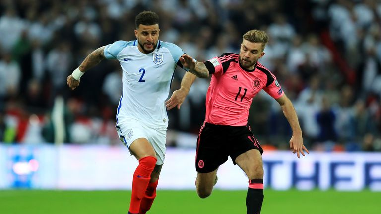 LONDON, ENGLAND - NOVEMBER 11:  Kyle Walker of England and James Morrison of Scotland battle for the ball during the FIFA 2018 World Cup qualifying match b