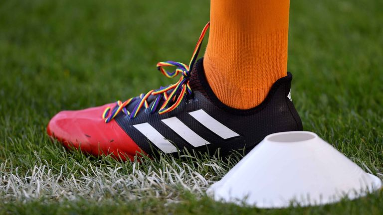 Hull City's Sam Clucas wear rainbow laces during the warm-up prior to the Premier League match v West Brom at the KCOM Stadium, Hull