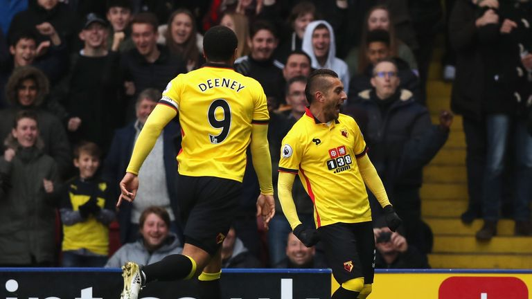 Roberto Pereyra (R) celebrates after scoring what proved to be Watford's winner against Leicester at Vicarage Road
