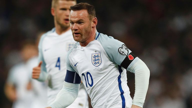 Rooney wants to see the gap lessen between the media and England players
