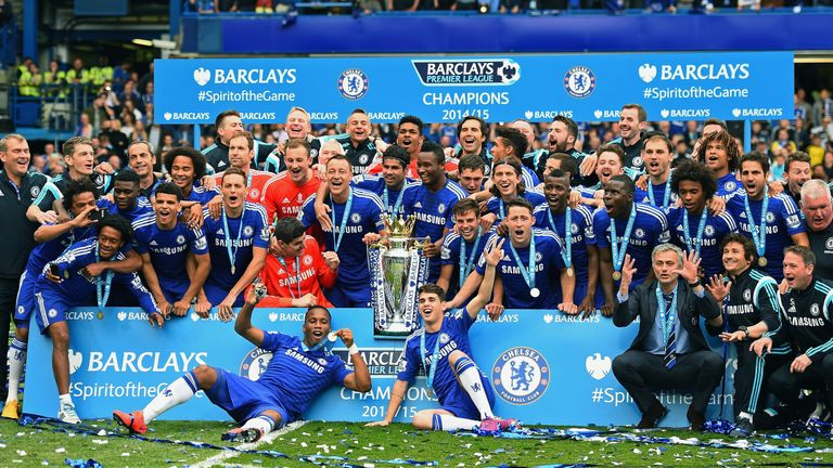 LONDON, ENGLAND - MAY 24: Chelsea players and staffs celebrates the Premier League title after the Barclays Premier League match between Chelsea and Sunder