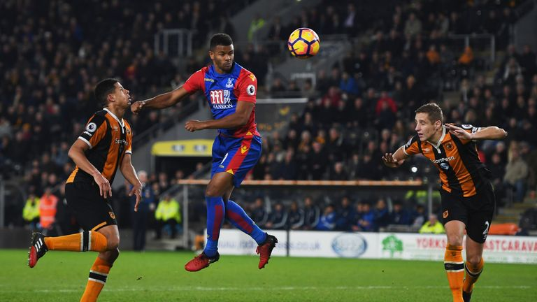 Fraizer Campbell's header earned Palace a share of the points