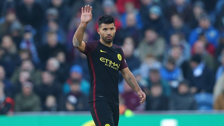 BURNLEY, ENGLAND - NOVEMBER 26:  Sergio Aguero of Manchester City applauds fans as he is substituted during the Premier League match between Burnley and Ma