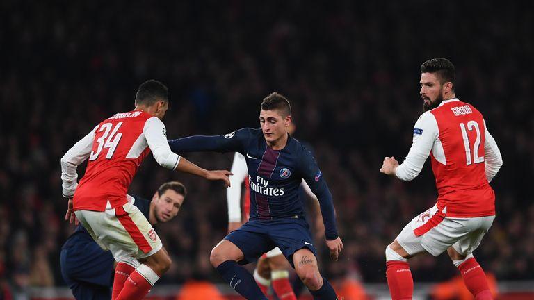 LONDON, ENGLAND - NOVEMBER 23:  Marco Verratti of Paris Saint-Germain in action during the UEFA Champions League match between Arsenal FC and Paris Saint-G