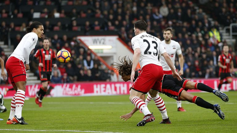 Nathan Ake puts Bournemouth 1-0 up with a diving header