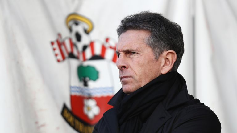 Claude Puel looks on prior to kick off at St Mary's