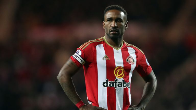 Jermain Defoe looks on during the Premier League match between Sunderland and Hull City at the Stadium of Light, 19 November 2016