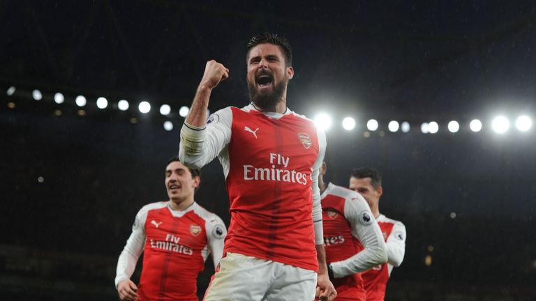 Olivier Giroud celebrates after his goal against Crystal Palace