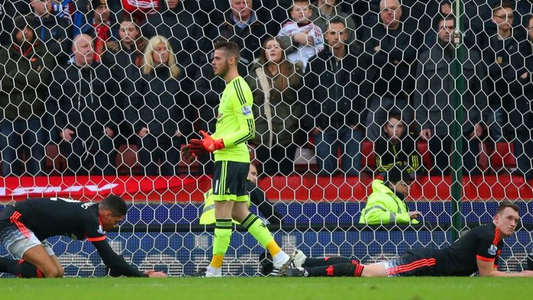 United endured an afternoon to forget on their last trip to the bet365 Stadium, losing 2-0 on Boxing Day 2015