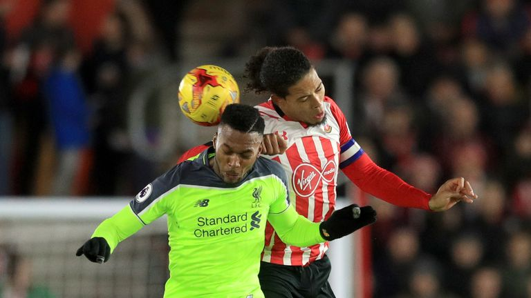 Liverpool's Daniel Sturridge (left) and Southampton's Virgil van Dijk battle for the ball during the EFL Cup Semi Final, First Leg match at St Mary's