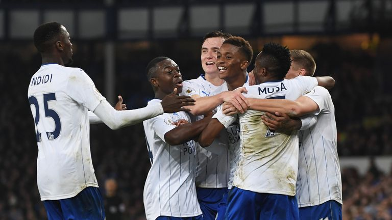 Ahmed Musa (2nd R) celebrates with his Leicester team-mates
