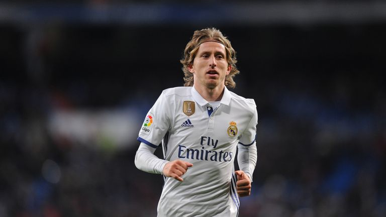 MADRID, SPAIN - JANUARY 18:  Luka Modric of Real Madrid looks on during the Copa del Rey Quarter Final, First Leg match between Real Madrid CF and  Celta V