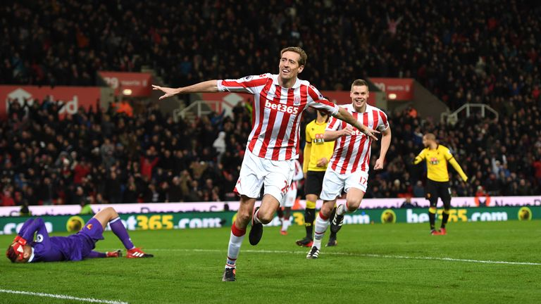 STOKE ON TRENT, ENGLAND - JANUARY 03: Peter Crouch of Stoke City celebrates scoring his team's second goal during the Premier League match between Stoke Ci