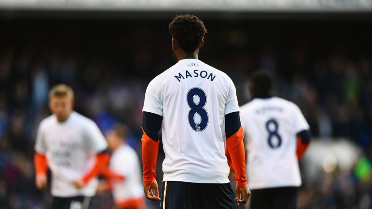 Mason's former team-mates at Tottenham were also among those who offered their support as he recovered