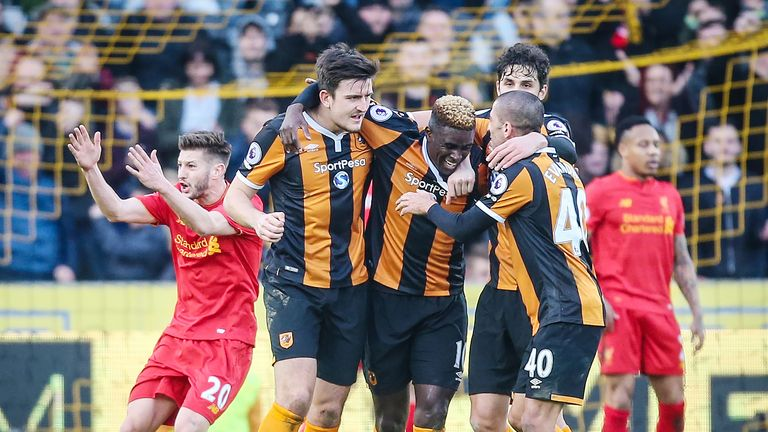 Alfred N'Diaye celebrates his goal with his Hull City team-mates