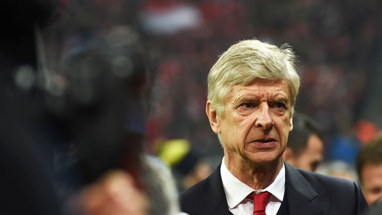 Arsene Wenger arrives prior the Champions League round of 16 match against Bayern Munich