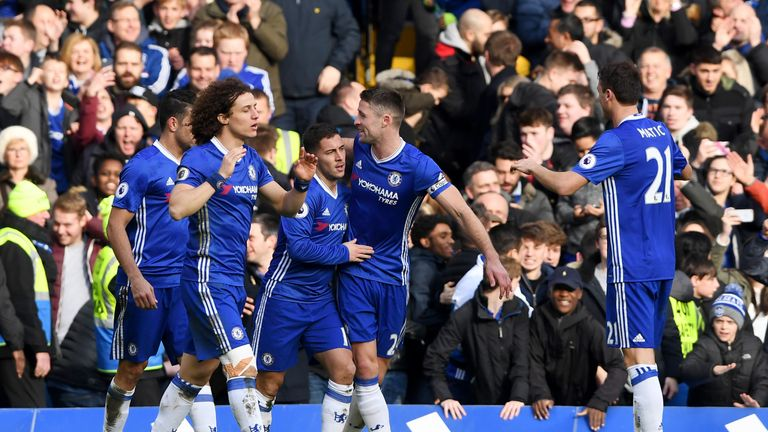LONDON, ENGLAND - FEBRUARY 04:  Eden Hazard of Chelsea celebrates with uteam-mates after scoring his team's second goal during the Premier League match bet