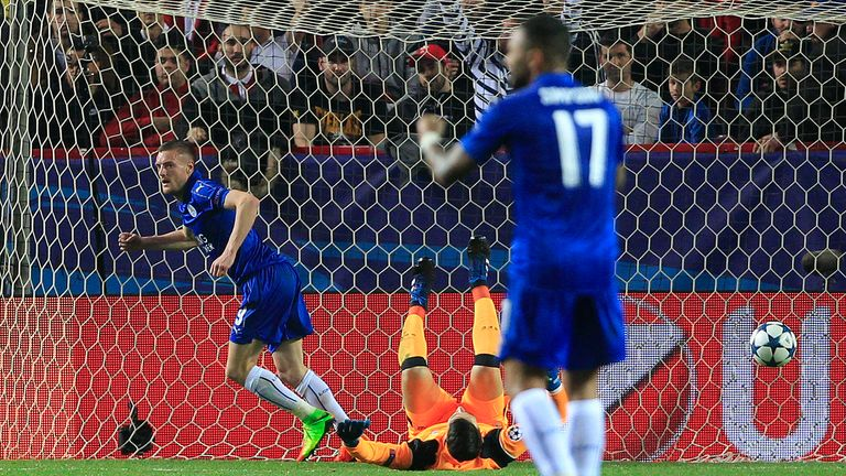 Leicester's Jamie Vardy celebrates after his goal