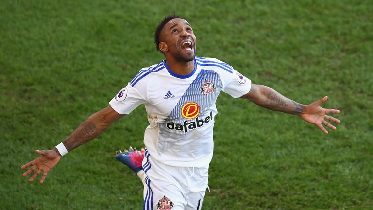 Jermain Defoe scored twice in Sunderland's 4-0 win over Crystal Palace