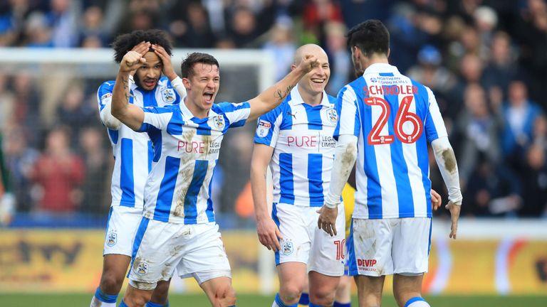 Huddersfield Town's Jonathan Hogg celebrates his side's last-gasp win