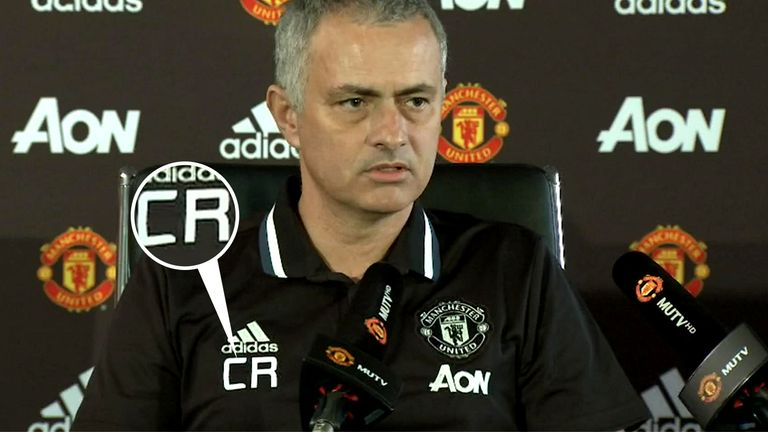 Jose Mourinho wore the initials CR on his shirt in solidarity when Leicester sacked Claudio Ranieri back in 2017