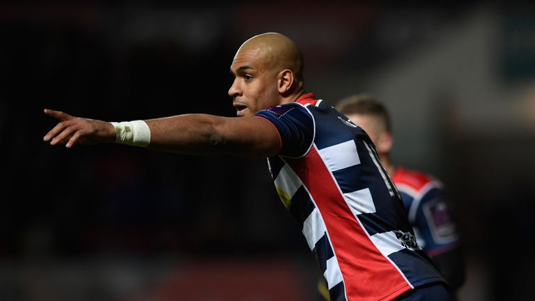 Varndell was forced off injured shortly after scoring his record-breaking try