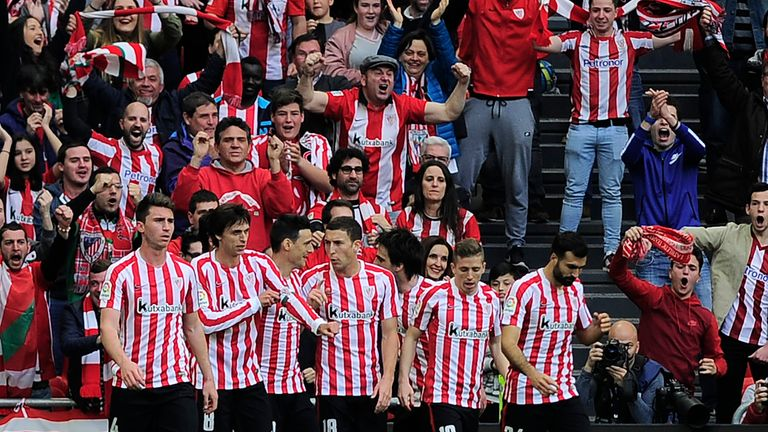 Athletic Bilbao players celebrate Aritz Aduriz's (third left) goal against Real Madrid