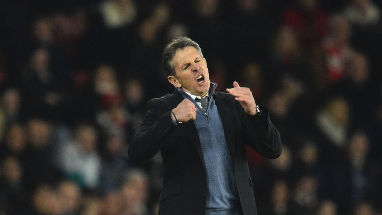 Southampton's French manager Claude Puel reacts on the touchline during the English Premier League football match between Southampton and Tottenham Hotspur