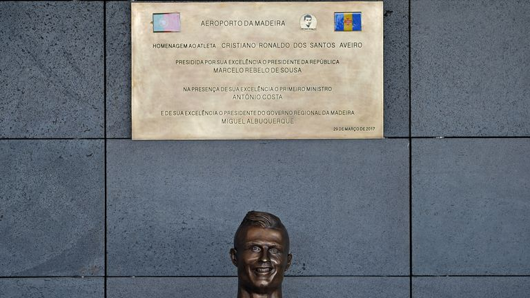 The statue of Ronaldo is unveiled at the ceremony at Madeira Airport