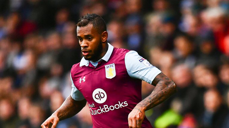 Leandro Bacuna in action during the Sky Bet Championship match against Queens Park Rangers