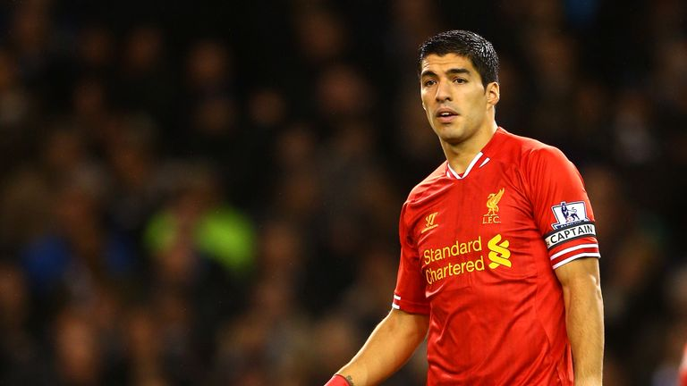 LONDON, ENGLAND - DECEMBER 15:  Luis Suarez of Liverpool wears the captain's armband during the Barclays Premier League match between Tottenham Hotspur and