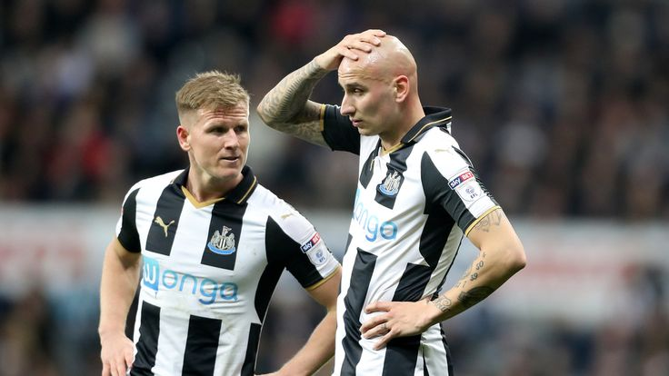 Newcastle United's Matt Ritchie (left) and Newcastle United's Jonjo Shelvey (right)