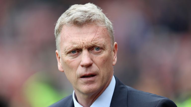 SUNDERLAND, ENGLAND - APRIL 29:  David Moyes, Manager of Sunderland looks on prior to the Premier League match between Sunderland and AFC Bournemouth at th