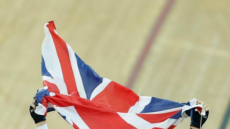 Elinor Barker of Great Britain celebrates after winning Women's Point Race Final