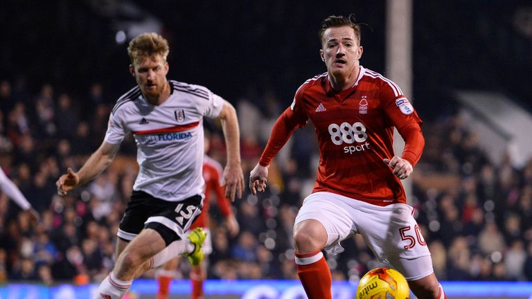 LONDON, ENGLAND - FEBRUARY 14: Ross McCormack of Nottingham Forest and Tim Ream of Fulham in action during the Sky Bet Championship match between Fulham an