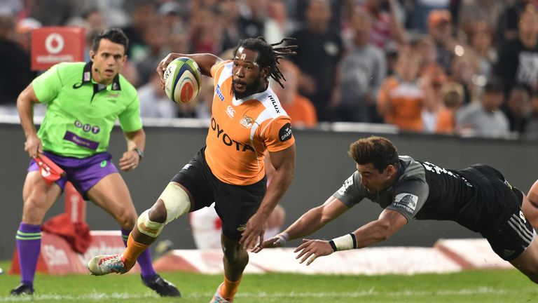 Sergeal Petersen in action for the Cheetahs