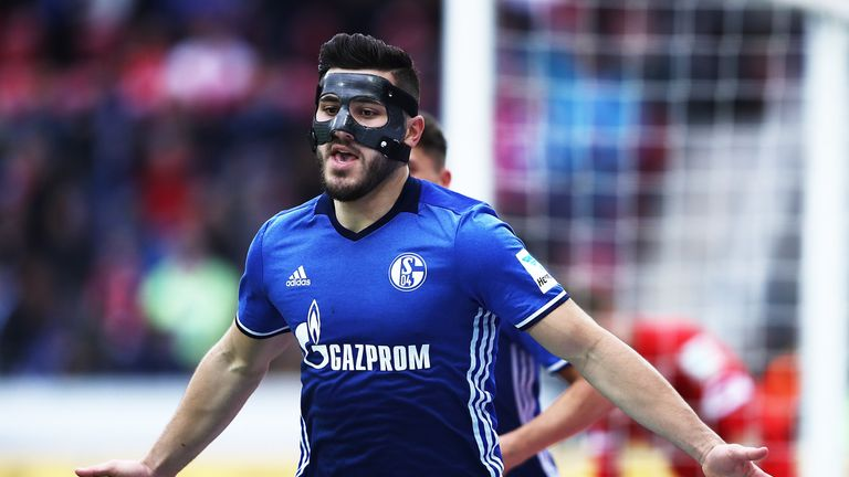during the Bundesliga match between 1. FSV Mainz 05 and FC Schalke 04 at Opel Arena on March 19, 2017 in Mainz, Germany.