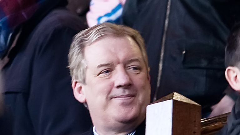 31/01/09 CLYDESDALE BANK PREMIER LEAGUE.RANGERS v DUNDEE UTD (2-0).IBROX - GLASGOW.Rangers Chairman Sir David Murray takes in the action from the stands