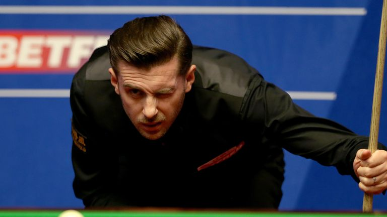 Mark Selby is prepared to dig in as he looks to defend his crown