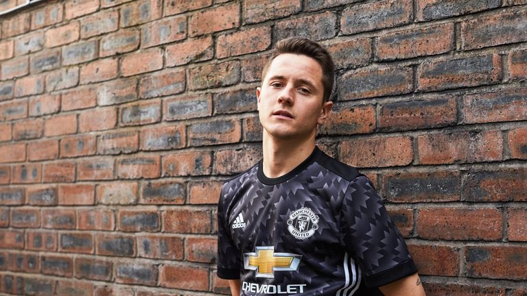 low priced d2b15 a9cd8 Manchester United release new away kit for 2017-18 season ...
